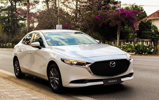 Bán Mazda 3 1.5L Deluxe sản xuất năm 2020, xe còn mới, động cơ hoạt động tốt0