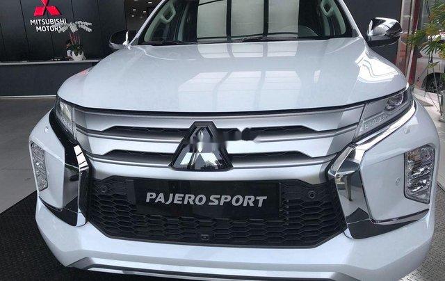Cần bán Mitsubishi Pajero Sport 2.4AT sản xuất 2020, nhập khẩu nguyên chiếc0