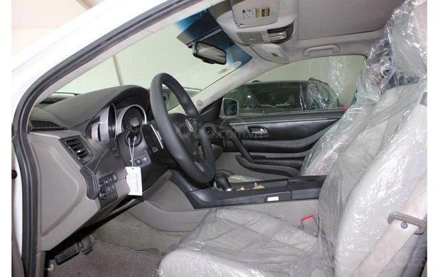 Bán xe Honda Acura sx 2009 màu trắng, giá cả hợp lý4
