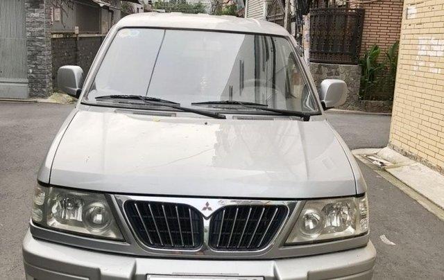 Cần bán Mitsubishi Jolie 2002 màu bạc0