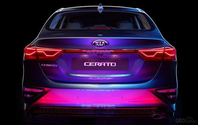 Kia Cerato 1.6 Luxury 2020 đỏ - 1 tháng cuối cùng để hưởng ưu đãi thuế trước bạ 50%, trả góp 85%, nhận xe chỉ với 150tr6