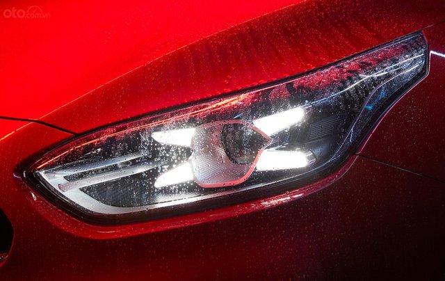 Kia Cerato 1.6 Luxury 2020 đỏ - 1 tháng cuối cùng để hưởng ưu đãi thuế trước bạ 50%, trả góp 85%, nhận xe chỉ với 150tr2