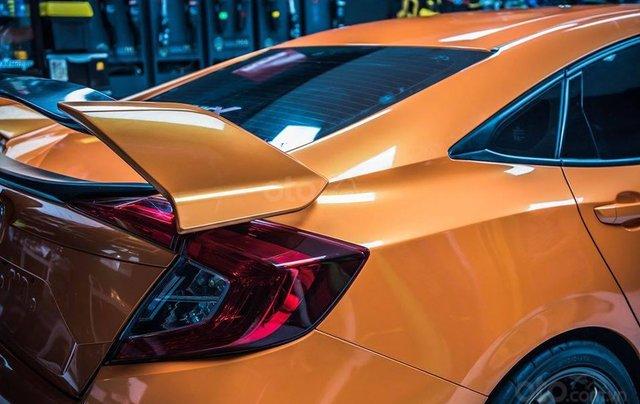 Cần bán xe Honda Civic Type R đời 2020, màu cam1
