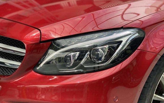 Bán xe Mercedes Benz C300 2.0 AT 2017 xe màu đỏ, thương hiệu đẳng cấp thế giới6