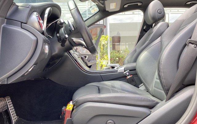 Mercedes C300 AMG sản xuất 2017, đăng ký lần đầu 2018, xe gia đình sử dụng, chạy 20.000km, bao test hãng, có trả góp10