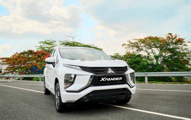 Bán ô tô Mitsubishi Xpander MT sản xuất 2020, xe giá thấp, giao nhanh 0