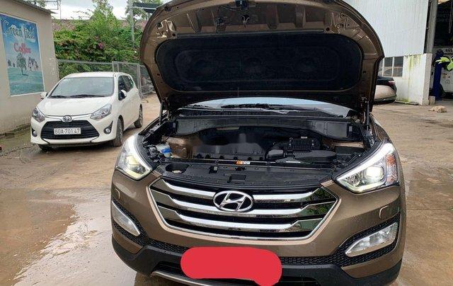 Bán ô tô Hyundai Santa Fe năm sản xuất 2015, xe chính chủ sử dụng còn mới2
