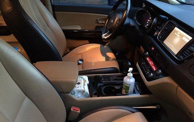 Cần bán xe Kia Sedona sản xuất năm 2015, nhập khẩu nguyên chiếc5