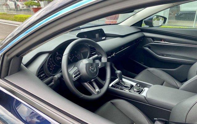 Bán ô tô Mazda 3 sản xuất 2020, sẵn xe, giao nhanh toàn quốc2