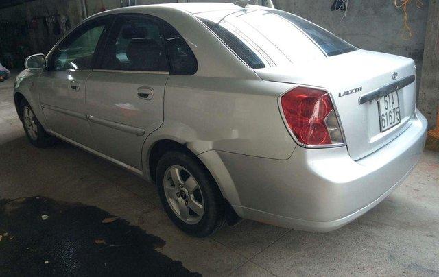 Bán ô tô Daewoo Lacetti năm sản xuất 2004, màu bạc1