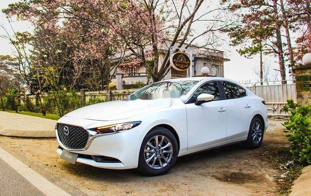 Bán Mazda 3 1.5L Deluxe sản xuất năm 2020, xe còn mới, động cơ hoạt động tốt1