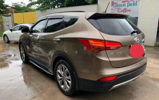 Bán ô tô Hyundai Santa Fe năm sản xuất 2015, xe chính chủ sử dụng còn mới4