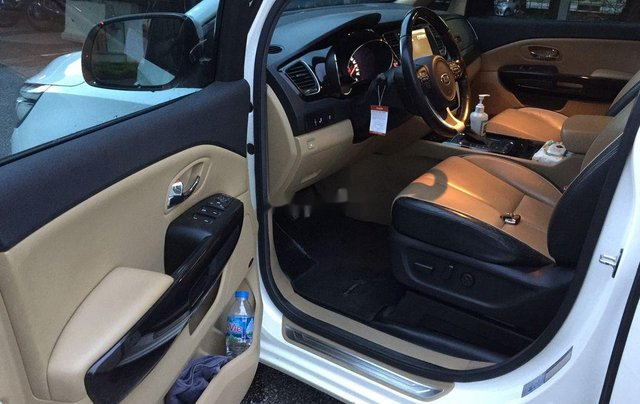 Cần bán xe Kia Sedona sản xuất năm 2015, nhập khẩu nguyên chiếc8