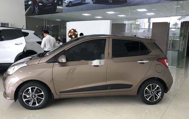 Bán xe Hyundai Grand i10 sản xuất 2020, màu nâu, mới 100%1