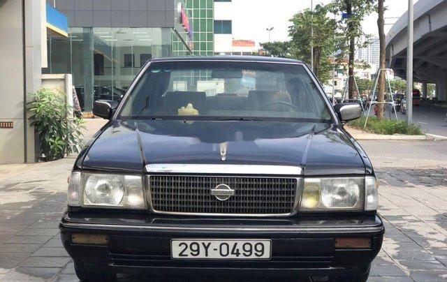 Bán Nissan Cedric đời 1993, màu đen, số sàn0