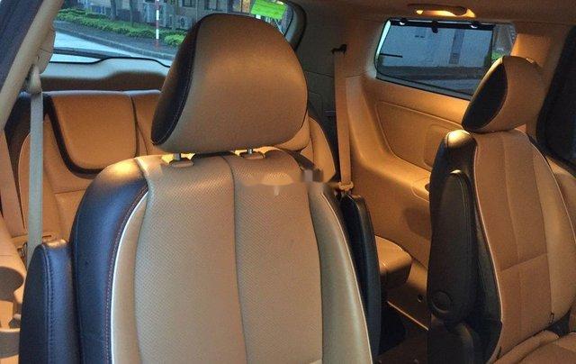 Cần bán xe Kia Sedona sản xuất năm 2015, nhập khẩu nguyên chiếc6