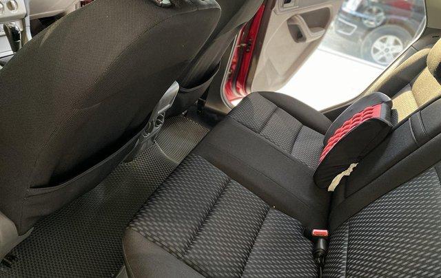 Bán ô tô Ford Focus đời 2013, màu đỏ9