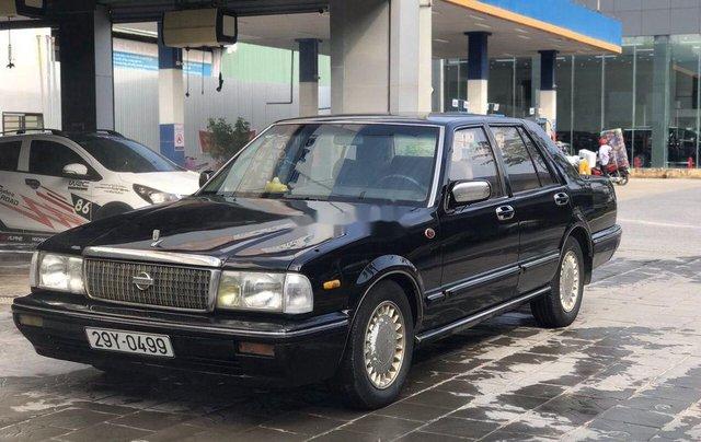 Bán Nissan Cedric đời 1993, màu đen, số sàn2