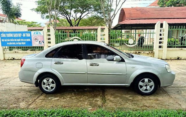 Xe Daewoo Lacetti sản xuất năm 2009, nhập khẩu nguyên chiếc, xe còn mới7