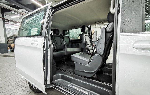 Cần bán Mercedes V250 Luxury đời 2020, màu trắng5