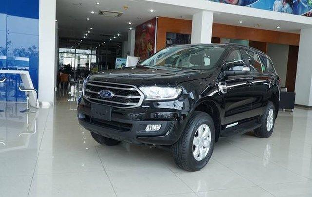 Cần bán Ford Everest Ambient MT, màu đen giao ngay, giảm giá 110 triệu năm 20195