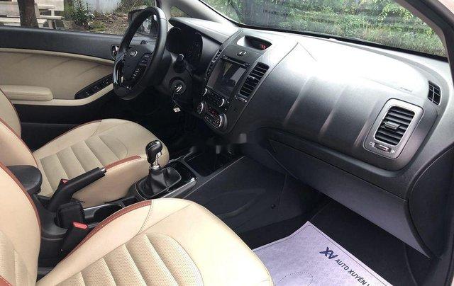 Cần bán lại xe Kia Cerato sản xuất 2018, màu trắng8