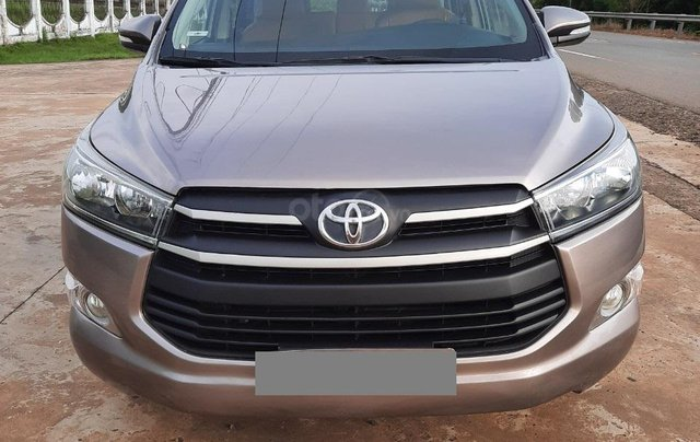 Cần bán Toyota Innova 2016, màu xám3