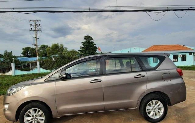 Cần bán Toyota Innova 2016, màu xám5