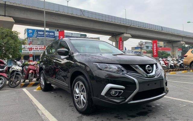 Cần bán nhanh với giá thấp chiếc xe Nissan X-Trail 2.0 màu đen, sản xuất năm 2020, giao nhanh2