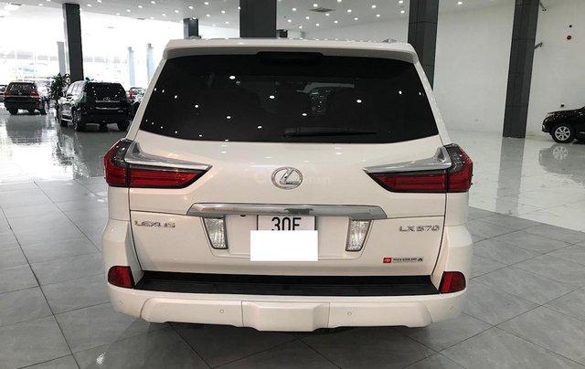 Bán Lexus LX 570 trắng nội thất da bò xe sản xuất 2016 đăng ký cá nhân siêu đẹp4