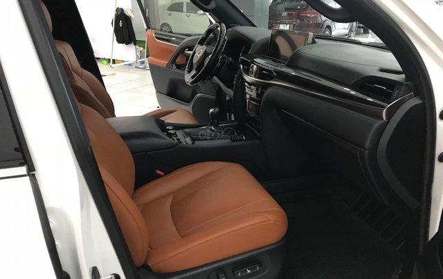 Bán Lexus LX 570 trắng nội thất da bò xe sản xuất 2016 đăng ký cá nhân siêu đẹp6
