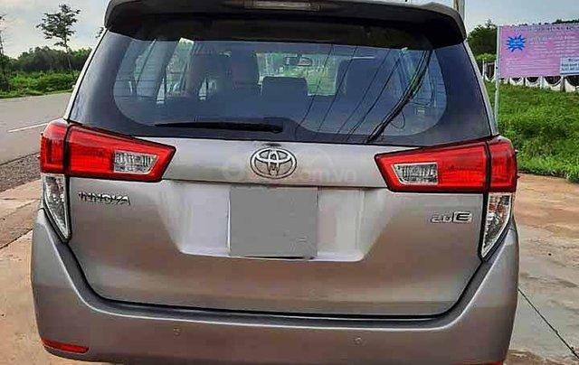 Bán Toyota Innova năm 2016, màu xám còn mới, 525tr2