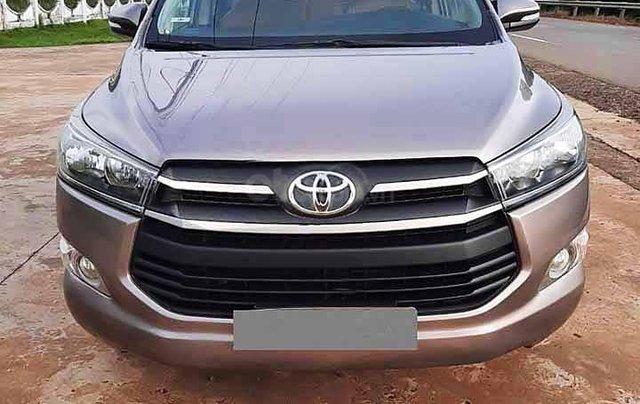 Bán Toyota Innova năm 2016, màu xám còn mới, 525tr0