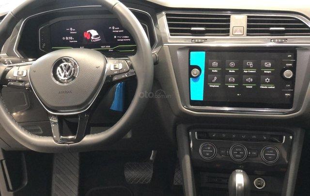 KM cực khủng tháng 10 cho Tiguan Luxury S, màu xanh rêu lạ mắt, không đụng hàng, xe giao ngay, tận nhà. Hỗ trợ NH6