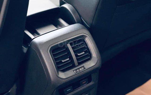 KM cực khủng tháng 10 cho Tiguan Luxury S, màu xanh rêu lạ mắt, không đụng hàng, xe giao ngay, tận nhà. Hỗ trợ NH9