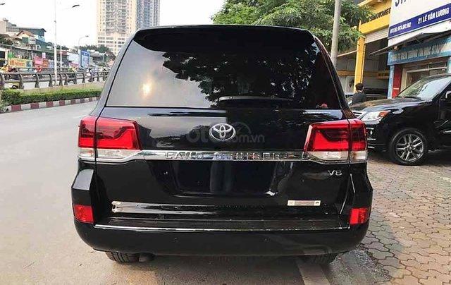 Bán xe Toyota Land Cruiser năm sản xuất 2020, màu đen, nhập khẩu  4