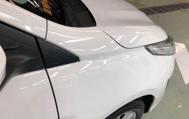 Cần bán lại xe Toyota Vios sản xuất 2018, màu trắng, nhập khẩu, số tự động11
