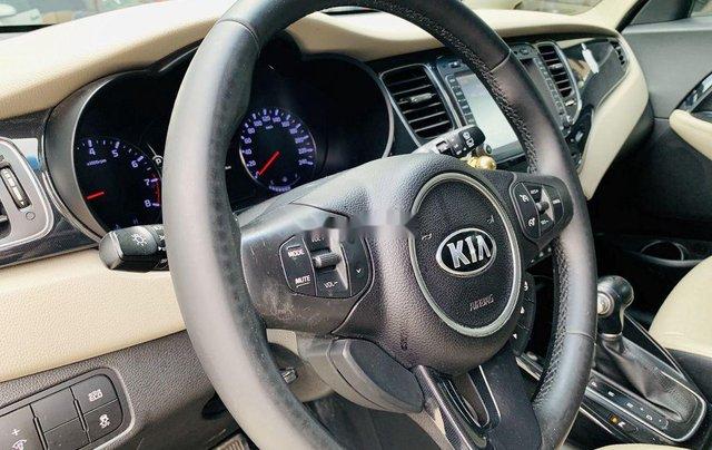 Cần bán gấp Kia Rondo sản xuất 2015 còn mới, giá chỉ 515 triệu6