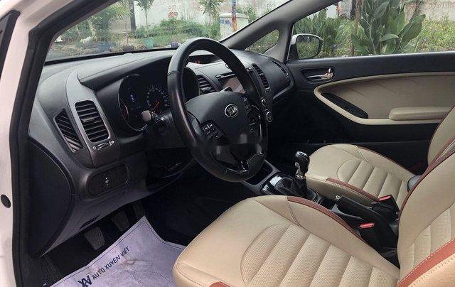Cần bán lại xe Kia Cerato sản xuất 2018, màu trắng6