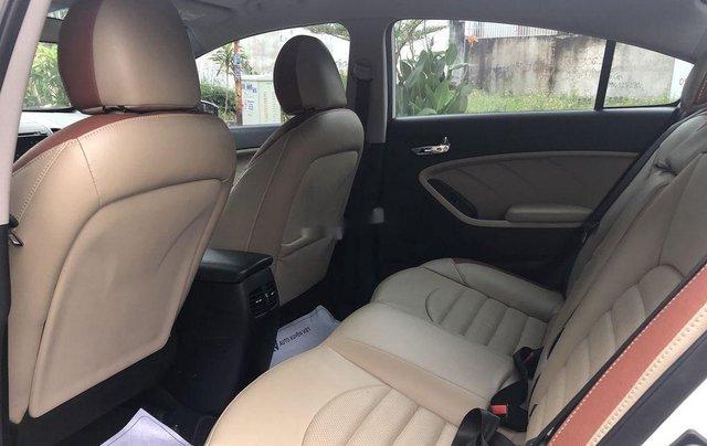 Cần bán lại xe Kia Cerato sản xuất 2018, màu trắng5