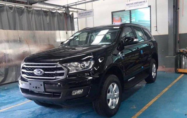 Cần bán Ford Everest Ambient MT, màu đen giao ngay, giảm giá 110 triệu năm 20197