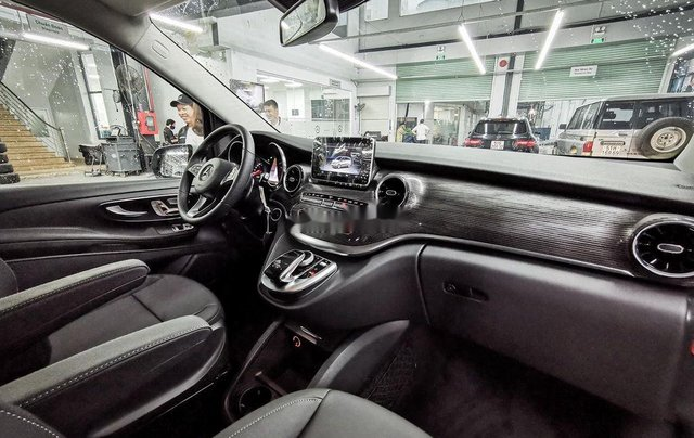 Cần bán Mercedes V250 Luxury đời 2020, màu trắng10