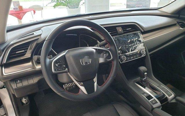 Bán Honda Civic đời 2019, màu bạc5