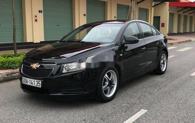 Cần bán gấp Chevrolet Cruze sản xuất 2010, màu đen, số sàn8
