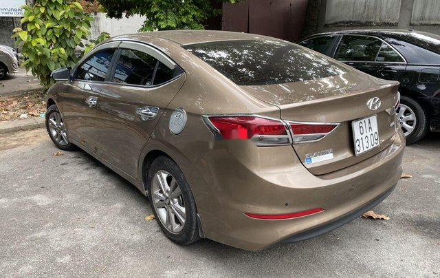 Bán xe Hyundai Elantra sản xuất 2016 còn mới1