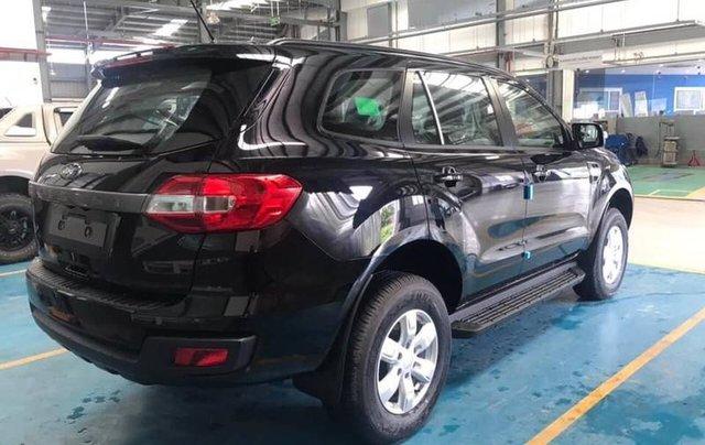 Cần bán Ford Everest Ambient MT, màu đen giao ngay, giảm giá 110 triệu năm 20196