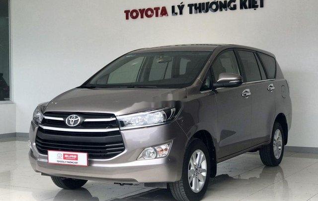 Bán xe Toyota Innova đời 2019, màu xám. Full options1