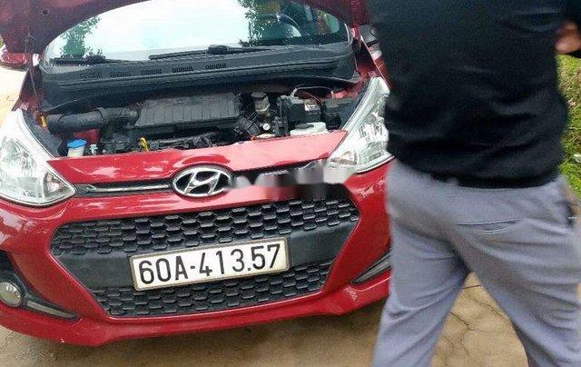 Cần bán gấp Hyundai Grand i10 2017, màu đỏ xe gia đình, 345tr1