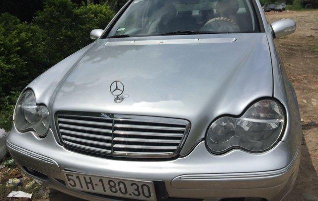 Bán Mercedes đời 2002, màu bạc, xe nhập số sàn 1