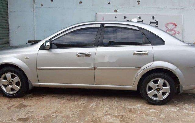 Bán ô tô Daewoo Lacetti sản xuất 2008, màu bạc chính chủ0
